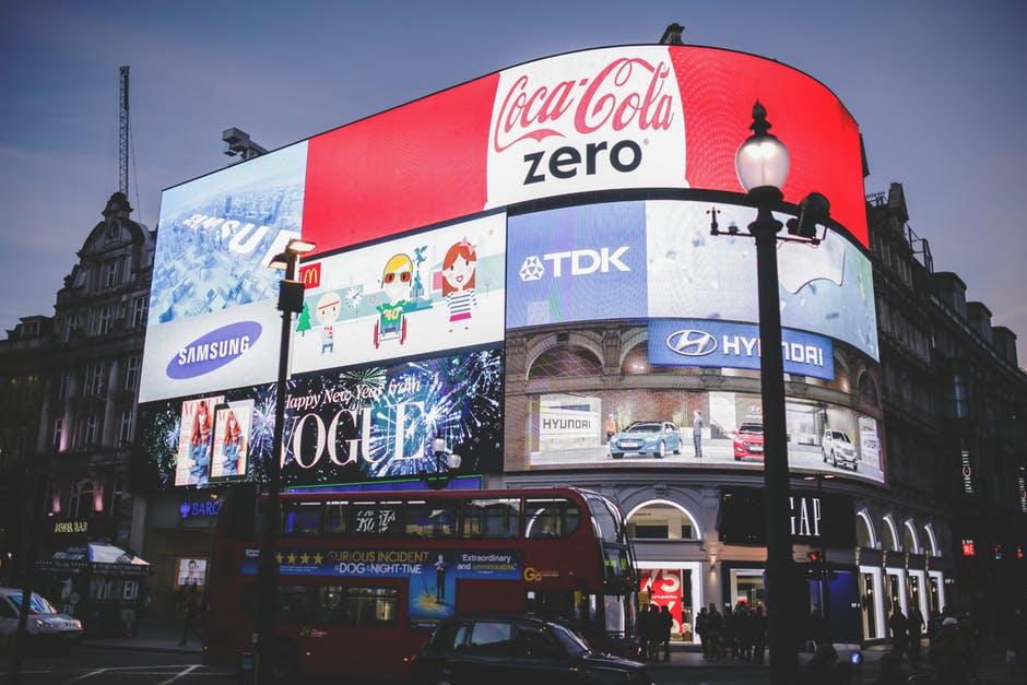 relações públicas vs publicidade